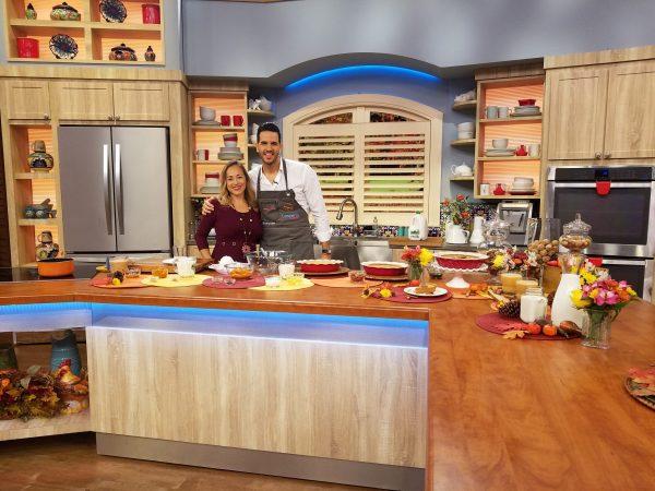 Su-Nui in Despierta America set during a Thanksgiving segment